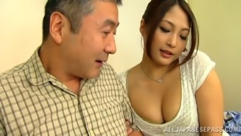 Aoi Miyama fingering her pussy on any general public public bus in stockings