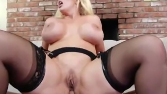 My Hot Action Mother Alura Jenson