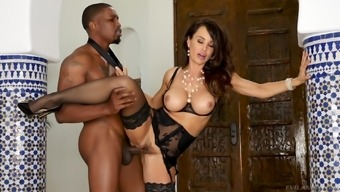 Busty chick Lisa Ann craves to produce a major load of black pecker