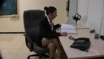 Perverted Business office Creampie Hookers - Julie Skyhigh and Anna