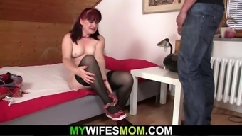 Partner realizes her more aged mama and hubby fucking