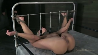 Hot pale slave Anikka Albrite is chose to really face fuck a rigid joystick