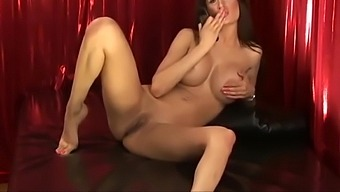 private naked tell